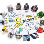 Software abierto + modelo colaborativo